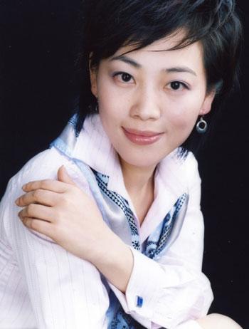 ...电影演员王丽坤简历播音员劳春燕 电影演员王丽坤出生年龄