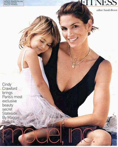 美国 最 著名 的 超模 之一 的 辛迪 · 克劳馥 和 女儿
