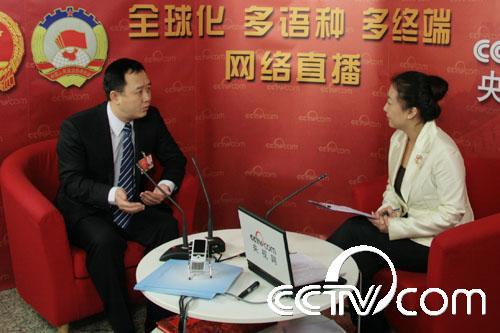 新闻台 >> 正文         广西省玉林市委书记金湘军做客央视网