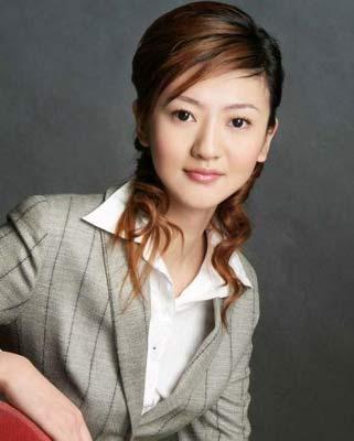 韩式可人发型做春季迷人女生(4_发型设计