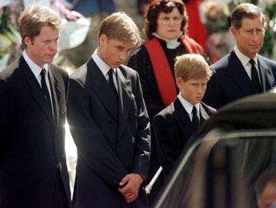 戴安娜死亡照片图片 戴安娜王妃死亡图片,戴安娜王妃死亡现场