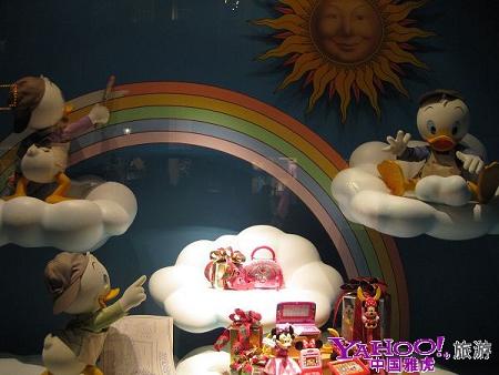 迪士尼橱窗里