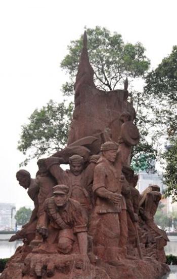 皖西烈士陵园英烈雕塑