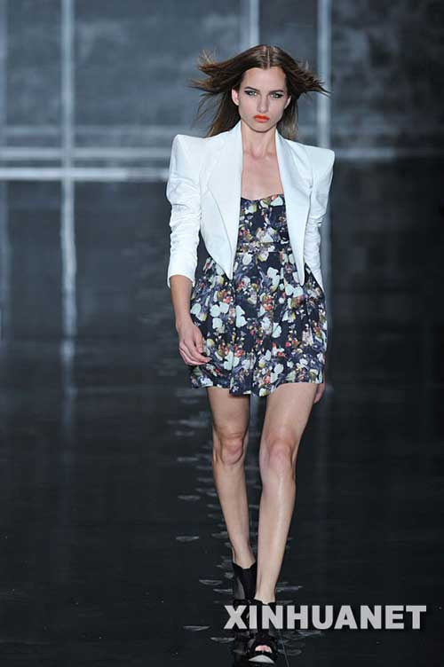 中国元素的服装设计登陆巴西时装周